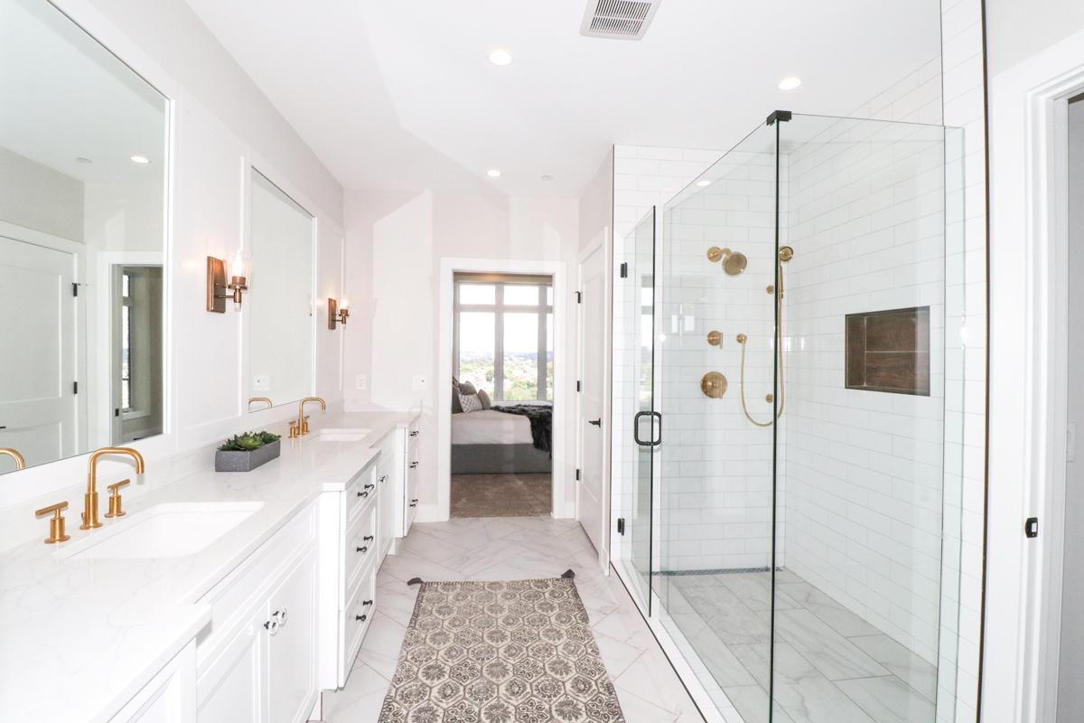 The Verandas Master Bathroom